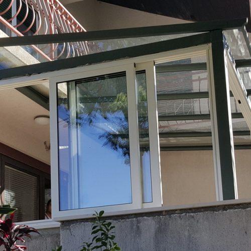 Stakleni podovi, stepenice, nadstrešnice i sl