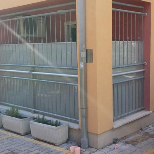 Staklene ograde